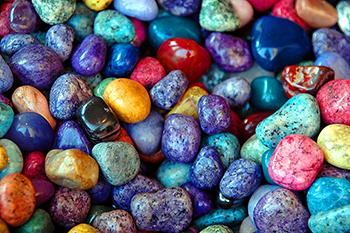 colorful-rocks-1674179 1920